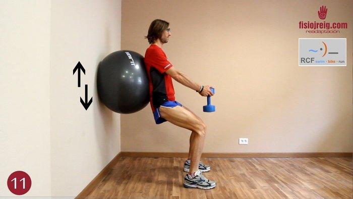 Isometrico cuádriceps fitball con peso