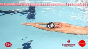 Ejercicio de técnica de natación sin flotador