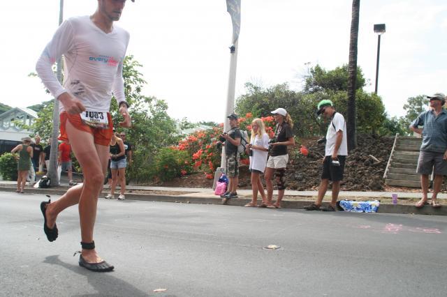 Correr descalzo Hawai 2010