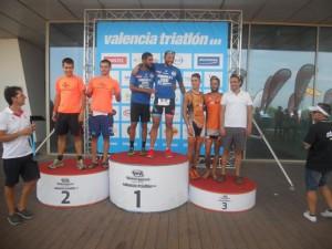 Komando Fisiojreig primer-clasificado en el triatlón de Valencia clubes sprint